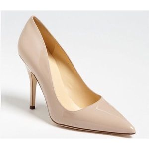 Kate Spade nude pointed toe pumps size 7.5 flawed